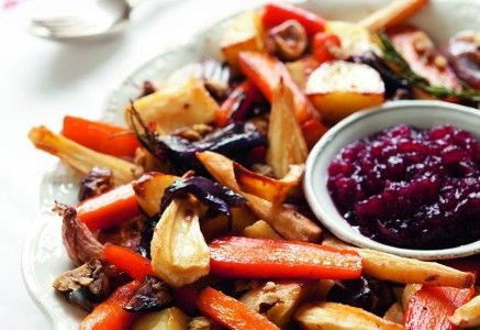 Big-tray-of-roasted-vegetables-Embedded