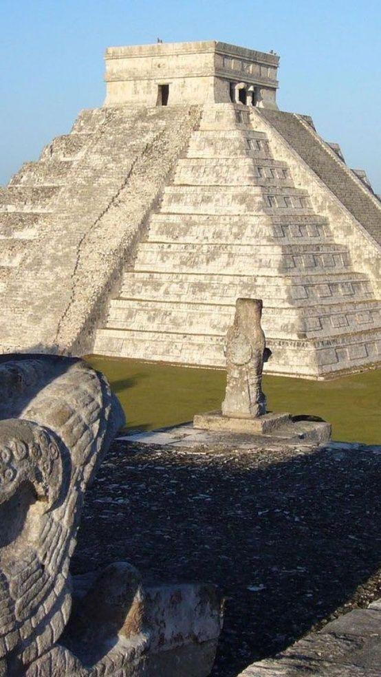 Chichen Itza, Yucatan, Mexico                                                                                                                                                                                 Más