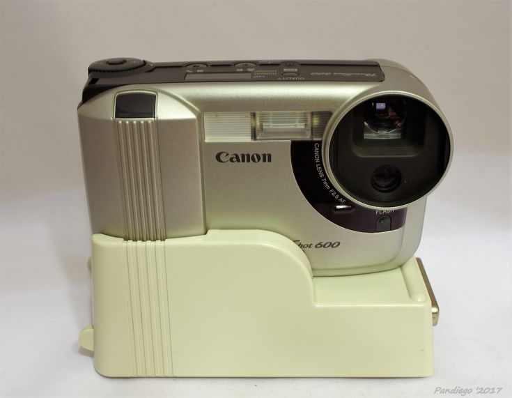 Canon PowerShot 600 - first consumer digital camera, released in 1996  (0.5 Mpixel CCD)