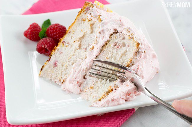 Skinny Raspberry Lemonade Cake - It's simple and at only 207 calories per serving