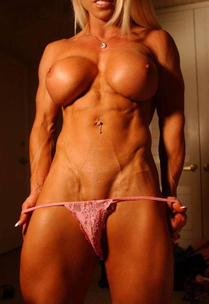 Muscled women hardcore sex, sahara classic black porn