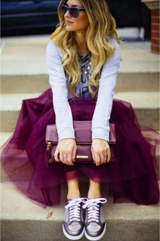 Ashlee Frazier rocks our Pave Spear Ring with this fun tulle and sneaker outfit. Stella & Dot Style
