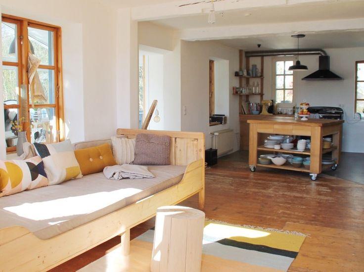 die besten 17 ideen zu gestrickter teppich auf pinterest stricken flickenteppich und teppich. Black Bedroom Furniture Sets. Home Design Ideas