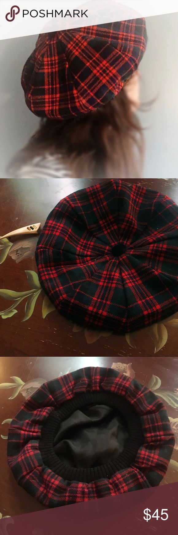 Vintage Plaid Beret Vintage Plaid Beret 🔹GUC   🔹vintage means over 20yrs old & may show signs of wear & age   🔹please ask questions   🔹please be kind -let's negotiate   🔹Happy Shopping 😊   🍁🍂 FALL READY PIECE 🍂🍁 Vintage Accessories Hats