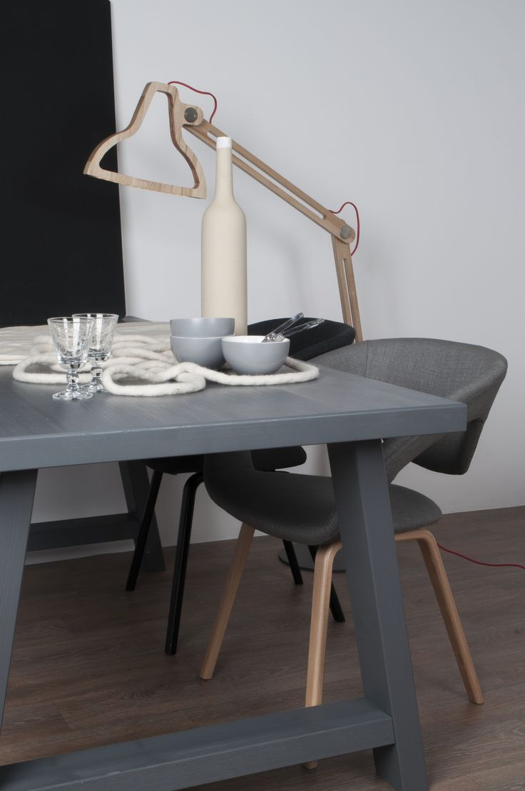 New trend painted chairs with dipped or raw legs jelanie - Zuiver Over De Nordic Trend