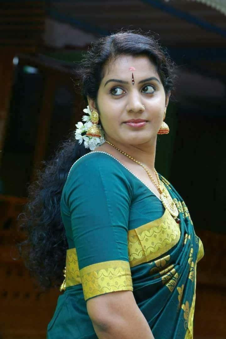 Indian beautiful aunty