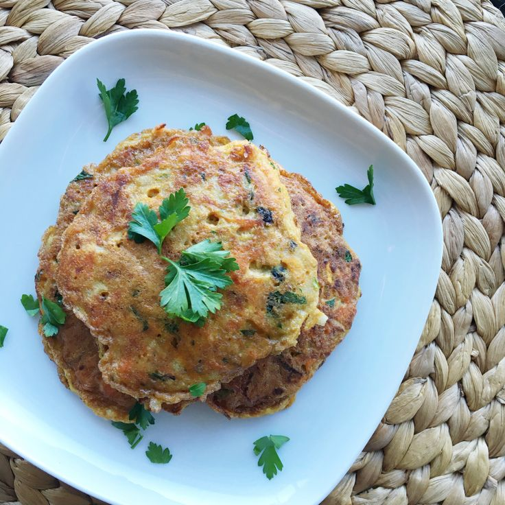 Whole30 Salmon Patties recipe, paleo and low FODMAP friendly, gluten free, grain free, sugar free and delicious!