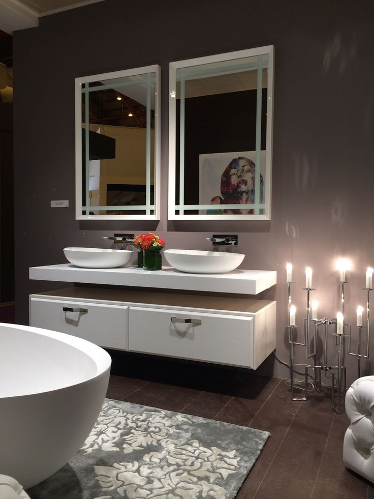 I Bordi complete #bathroom: two #washbasins a leather pouf and in a corner the big #bathtub. Do you like this?