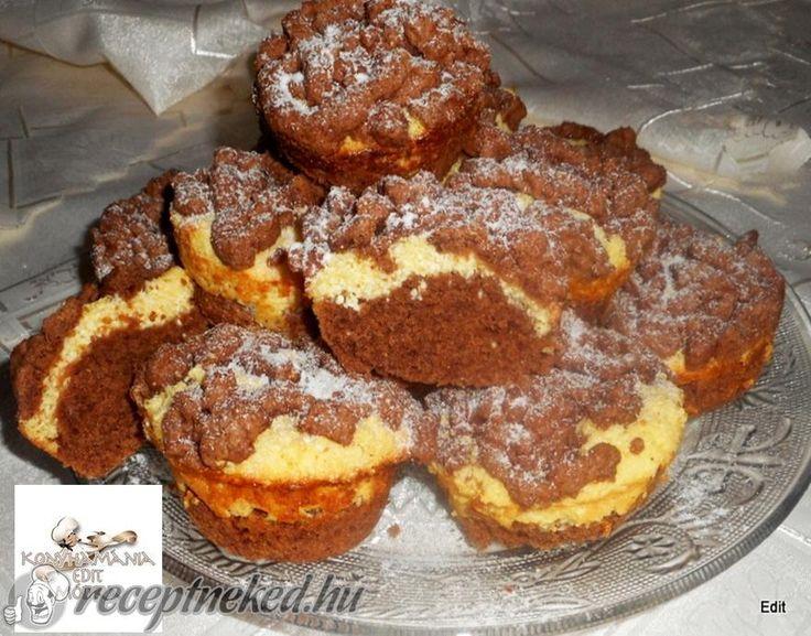 Kipróbált Reszelt túrós muffin recept egyenesen a Receptneked.hu gyűjteményéből. Küldte: Vass Laszlone
