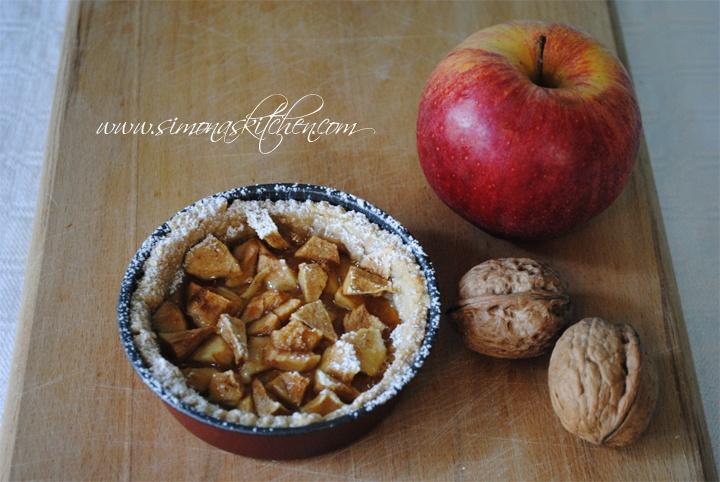 Tortine di frolla alla cannella e mele al miele - Cinnamon Shortbread with Apples and Honey