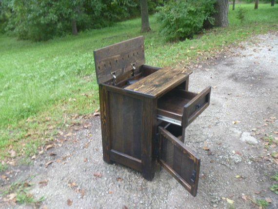 concealed hidden gun compartment pallet wood di UpTheCreekRustic