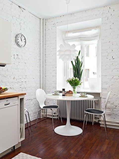 nouveau cocon table ronde la ptite bulle d 39 elo. Black Bedroom Furniture Sets. Home Design Ideas