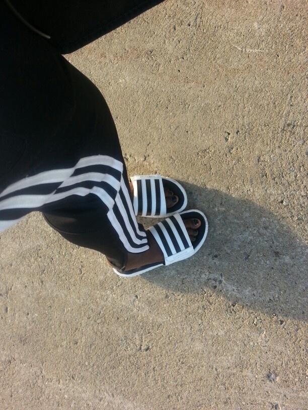 Buy Adidas Slides Brown >Off63%)