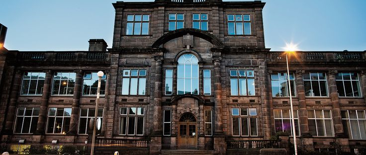 The best pubs, cafes and restaurants within five minutes of Edinburgh Festival Fringe venue Summerhall, including Filament Coffee & The Southern Bar.