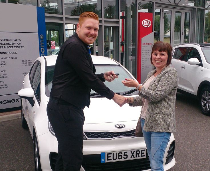 Miss Barrow has miles of smiles ahead after picking up her #65Plate Kia Rio SR7 from our Lewis.
