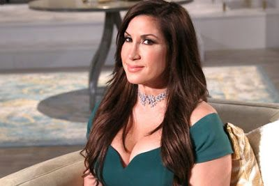 Jacqueline Laurita Gets Fourth Boob Job For Free!