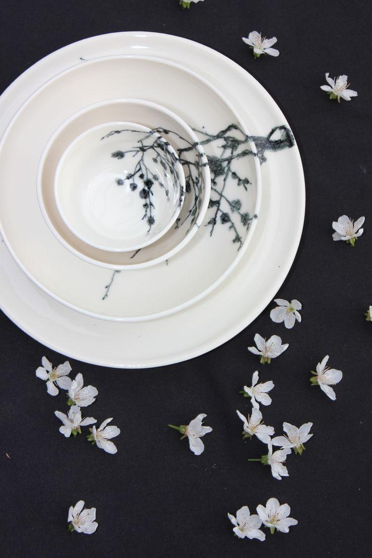 Service en porcelaine, art de la table.Vaisselle contemporaine. Artisanat  Belge.