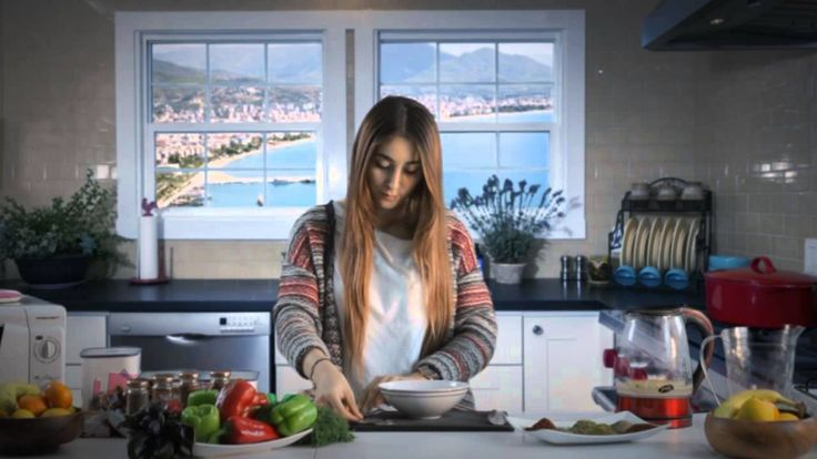 Öğrenciden Pratik Çözümler... Yemek yapmak için fazla vakti olmayan öğrenciler indomie ile pratik olarak noodle yapabiliyor #indemie #noodle #noodles #food
