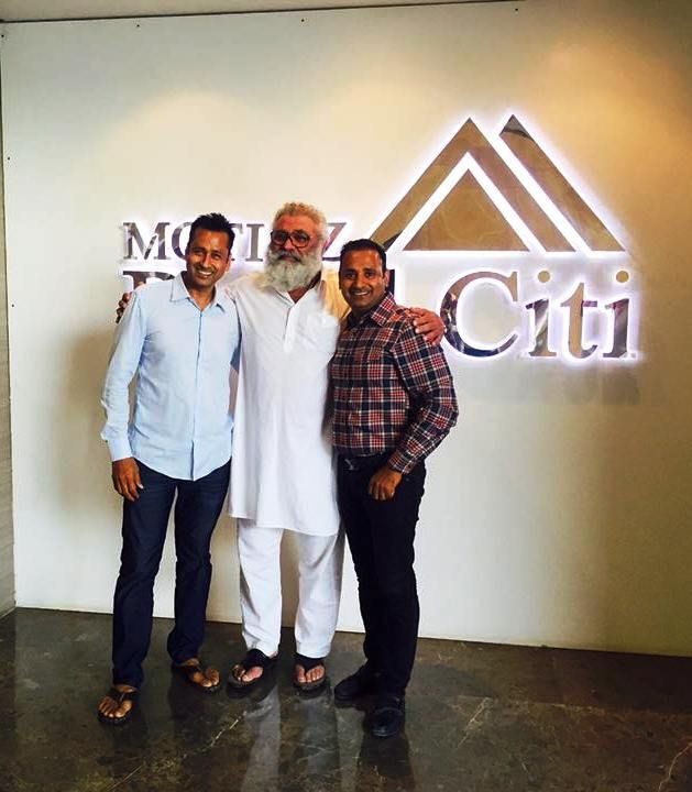 Yograj Singh at #MotiazRoyalCiti Office