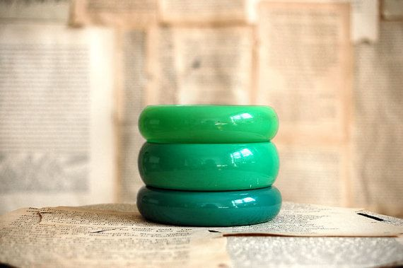 A trio of green bangles...so mod.