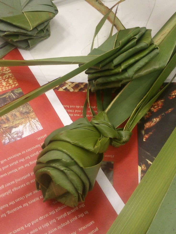Flax weaving in the library during the Matariki (Maori New Year) celebration
