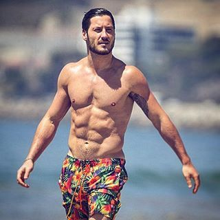 "Oh, and also this. *dies* | Community Post: 19 Times Val Chmerkovskiy From ""DWTS"" Proved He's Husband Material"