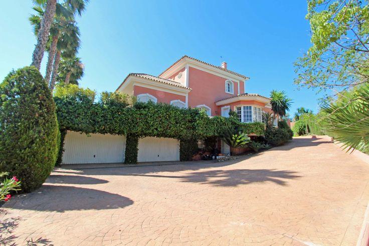 Villa La Cerquilla - Marbella - Elegant and views to La Concha