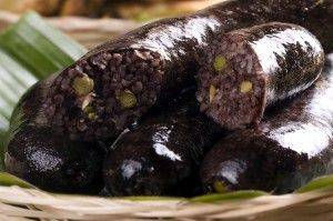Morcilla, tipica acompañamiento en la comida colombiana