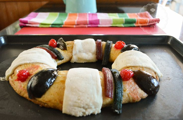 Receta para preparar Rosca de Reyes  https://www.youtube.com/watch?v=irBJeuV2nGk&feature=youtu.be