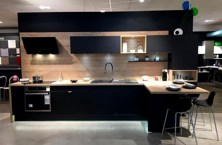 Nouvelle Expo En Magasin Socoo C Vannes Cuisines Maison Design Industriel Cuisine Cuisine Design Moderne