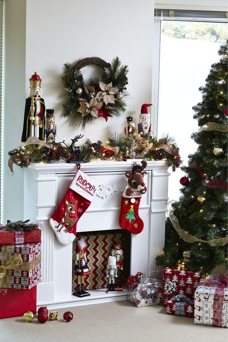 SUPERBES MANTEAUX DE CHEMINÉE, POUR MOINS CHER! Allez-y gaiement avec des décorations amusantes, de magnifiques verdures et une couronne de Noël féérique. Walmart vous offre une grande variété de décorations pour les manteaux de cheminée à tous les prix. #noel #decorer #manteau