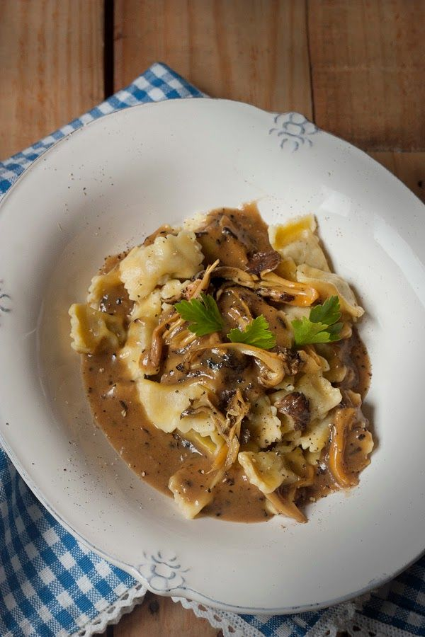 RAVIOLI DEL PLIN CON SALSA PÉRIGUEUX Y CANTHARELLUS | Sweet And Sour
