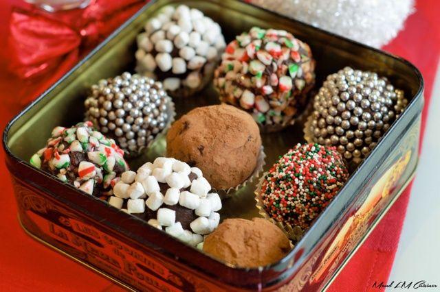 Le chocolat chaud au retour de la parade du Père Noël, c'est une tradition avec les enfants!! Cette année, on s'est fabriqué des boules de chocolat chaud bien spéciales. On les ajoute dans une tasse et demie de lait bien chaud et on obtient un chocolat chaud délicieux. C'est aussi un très beau cadeau à […]