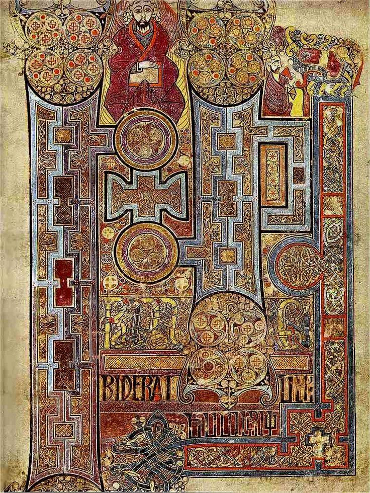 El libro de Kells (siglo VIII) supone la culminación del arte en miniatura   irlandés, con una dimensiones de 33*25 cm, fue creado en la isla de Iona, en la costa occidental de Escocia, y llevado a Irlanda , para protegerlo de las incursiones vikingas, es el más famoso producto de fusión del arte celta con el tema cristiano.