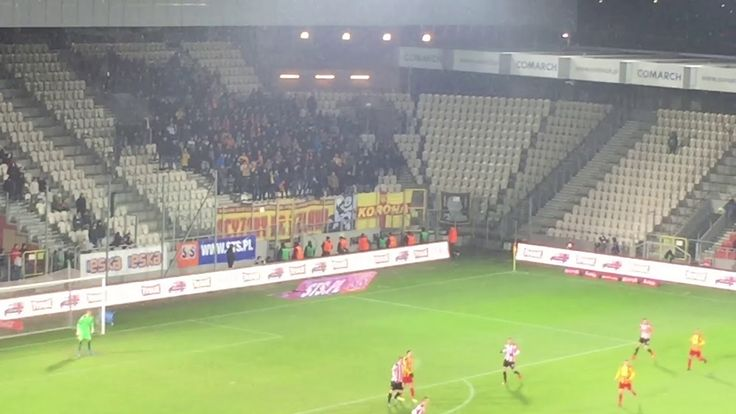 E: Cracovia - Korona Kielce. [Korona fans]. 2017-12-04