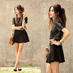 15 Outfits con falda skater negra para ser la más bonita en el colegio