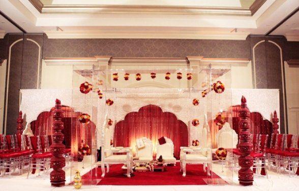 Plexiglass: Photos, Receptions Decor, Galleries, Indian Termination, Indian Weddings, Indian Wedding Photography, Surroundings Mandapam, Red Mandap, Baraat Ideas