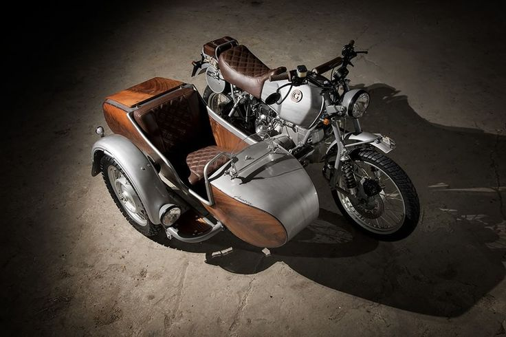 BMW R100GS Scrambler with sidecar by OC Garage - Photo by Walter Meregalli Fotografia #motorcycles #scrambler #motos | caferacerpasion.com