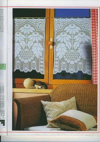 Hobby lavori femminili - ricamo - uncinetto - maglia: tende filet