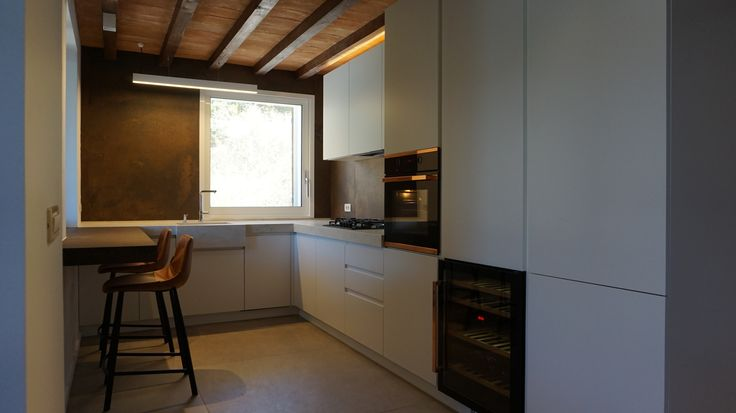 Modern Kitchen l Private House in Sivota l Appliances KUPPERSBUSCH l Kitchen by Kitchen Gallery Igoumenitsas