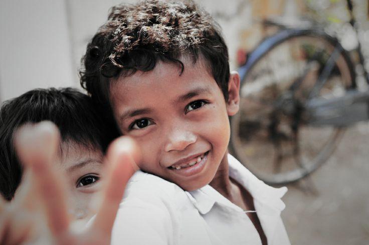 Angel's eyes #VietnamSchoolTours #littlepupil #developingcountry