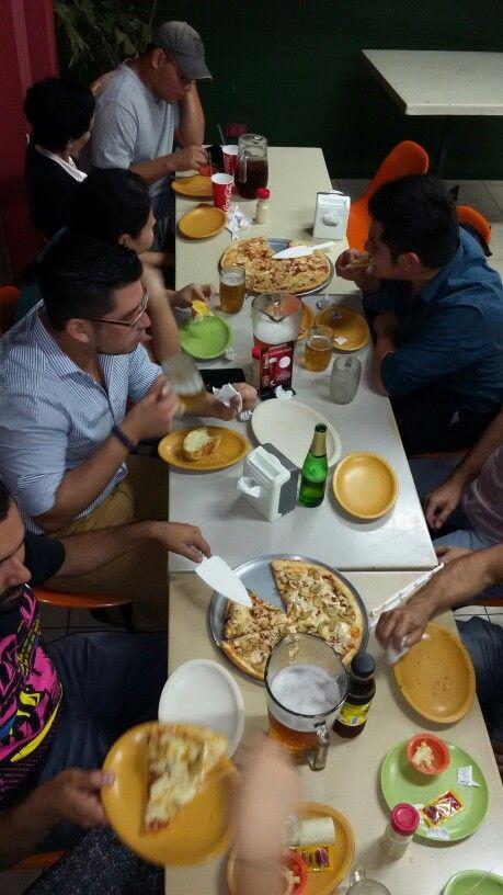 Martes de Nova... En Super Nova Pizza!!!