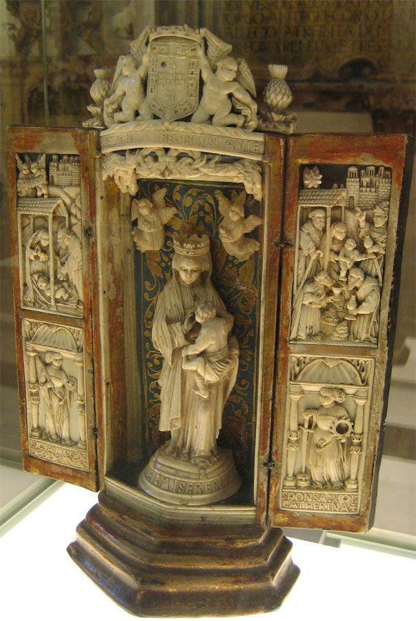 Altar portátil (comienzos del siglo XVI). Procedencia portuguesa (perteneciente al rey Manuel I de Portugal, 1495-1521)musée de la cathédrale