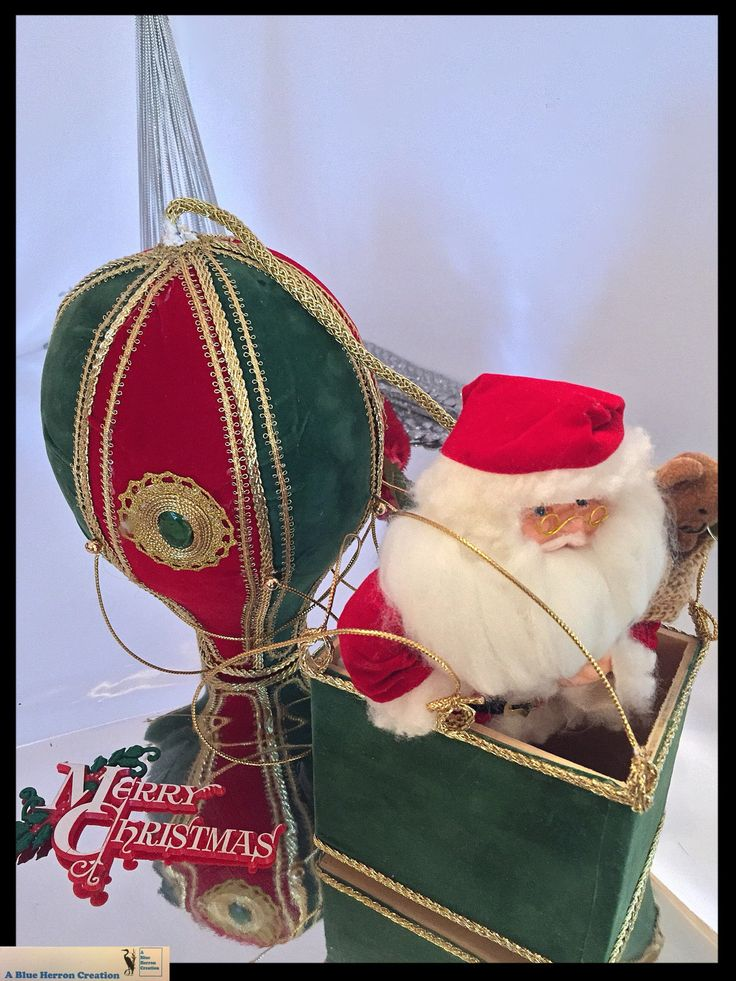 Vintage Hanging Santa Claus Hot Air Balloon Music Box, Large Christmas Ornament, Christmas Musical Box Decoration MCM Decor, Gifts Under 100 by ABlueHerronCreation on Etsy