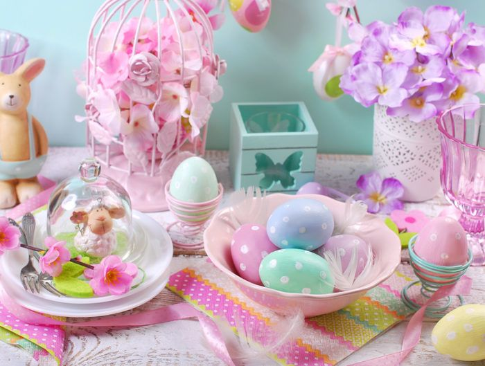 12 CHIC AND ADORABLE HOME ACCENTS FOR EASTER www.theteelieblog.com  Bring the Spring vibes right into your abode with these impressive home accents. #theteelieblog