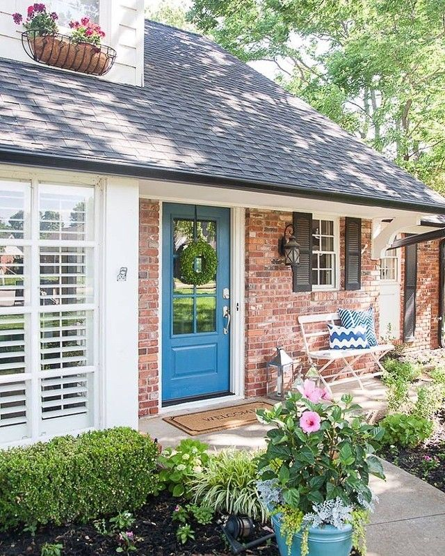 Awe Inspiring 17 Best Images About Doors On Pinterest Benjamin Moore Colors Largest Home Design Picture Inspirations Pitcheantrous