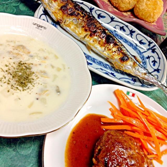 今日は涼しかったからクラムチャウダーにしてみました  白いスープは色がある器がいいね - 44件のもぐもぐ - クラムチャウダー・秋刀魚の塩焼き・ハンバーグとお彼岸なのできな粉のおはぎも✨ by chihiro1219