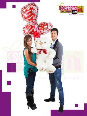 OSO PURO AMOR Sorprende con este especial peluche gigante que enamorara una vez mas a esa persona especial. Visita nuestra tienda online www.sorpresascolombia,com o comunicate con nosotros 3003204727 - 3004198