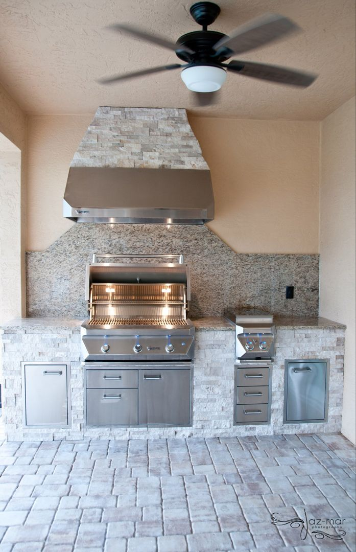 Don T Neglect The Backyard Patio Enjoy The Outdoors With A Simple Straight Run Outdoor Kitchen Fully Eq Outdoor Kitchen Outdoor Kitchen Design Outdoor Remodel
