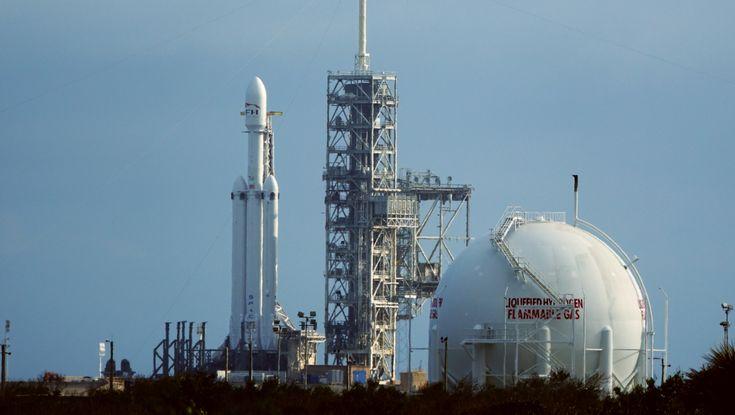 Falcon Heavy preparing for Static Fire test – NASASpaceFlight.com